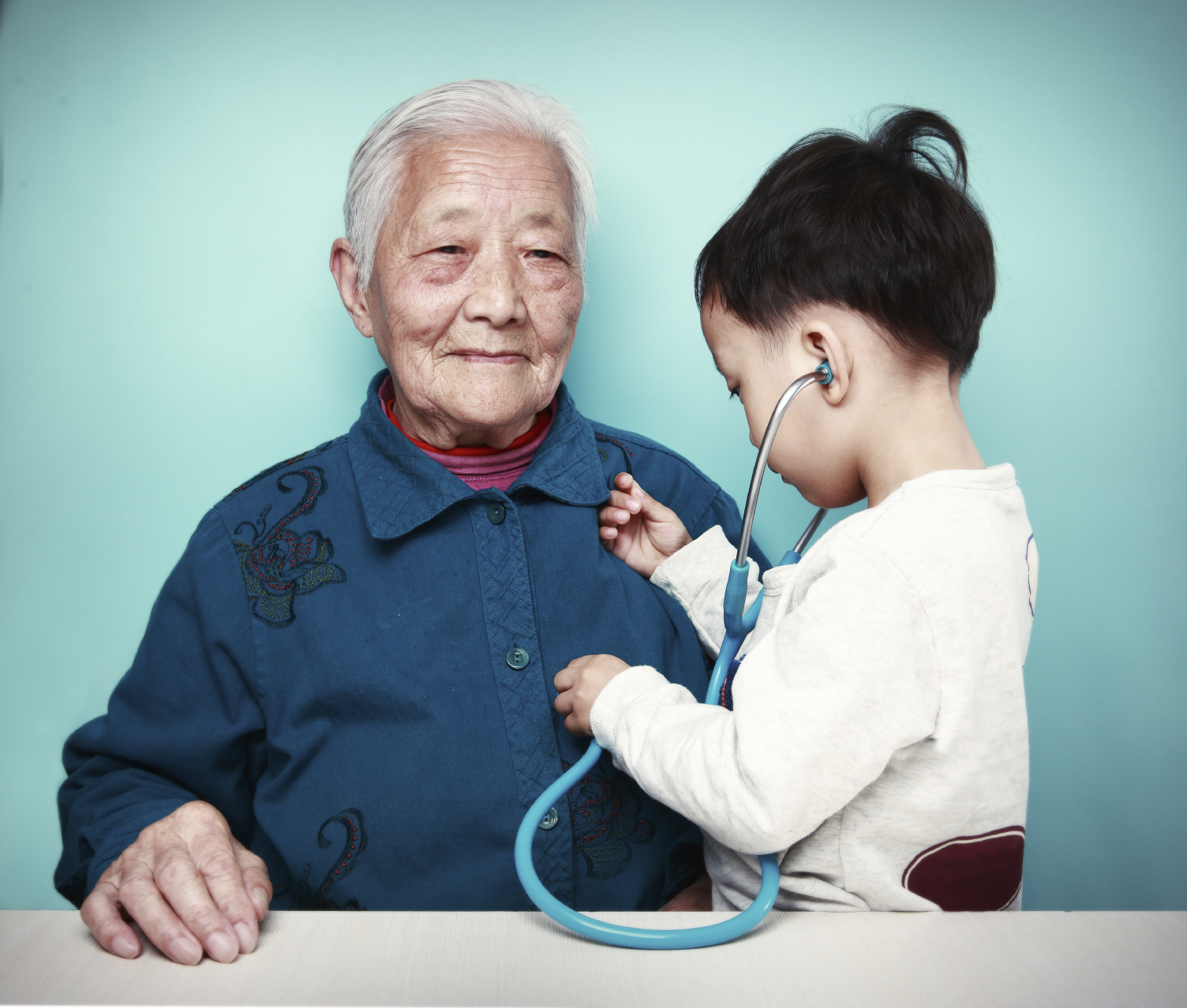 healthcare in china Harvard professor winnie yip and burke fellow jose figueroa are working with  researchers to improve health care in some of china's poorest.