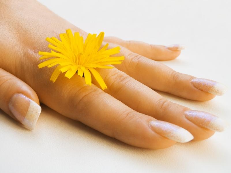 Как сделать чтобы ногти быстро росли в домашних условиях за 1 день